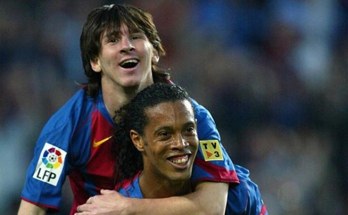 Ronaldinho'dan Messi'ye duygusal mektup