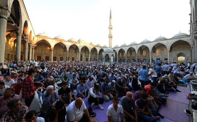 Antalya Ramazan Bayramı namazı saati kaçta?