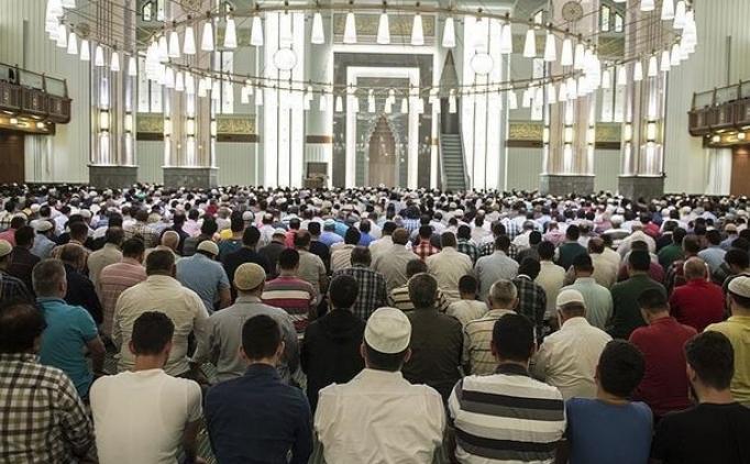 Ramazan Bayramı namazı saat kaçta? İzmir, Muğla, Bursa, Antalya bayram namazı saati kaçta?