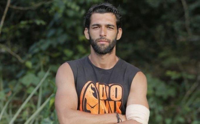 Survivor'da Melih Özkaya sakatlandı, Melih Özkaya Survivor'dan çıkarıldı