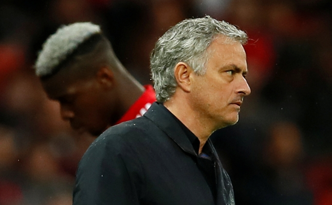 Mourinho patladı! ''Bonservise göre mi seçmemi istiyorsunuz?''