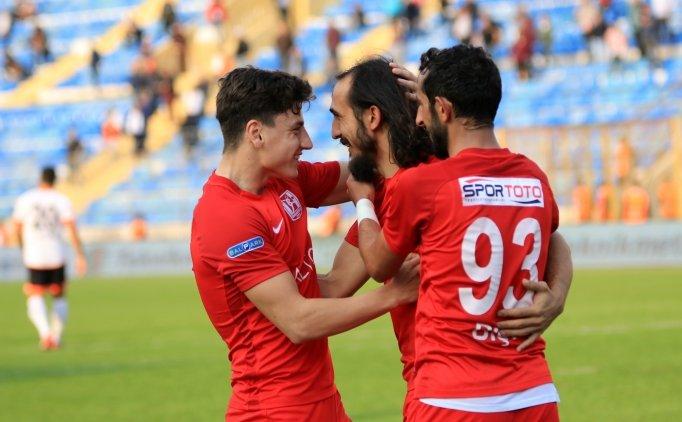 Balıkesirspor Adana'da son 5 dakikada güldü
