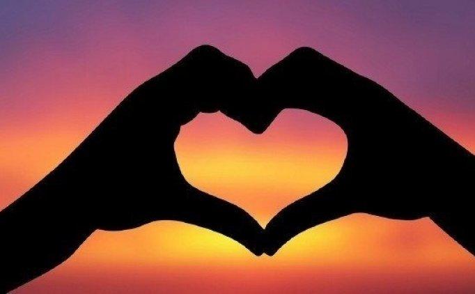 Sevgililer Günü 14 Şubat mesajları sözleri, Bugün sevgiliye en güzel mesajlar