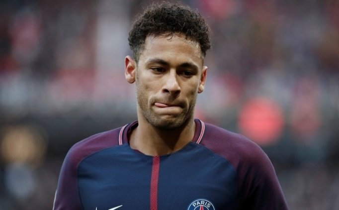 'Neymar, Paris Saint-Germain'de kalacak'