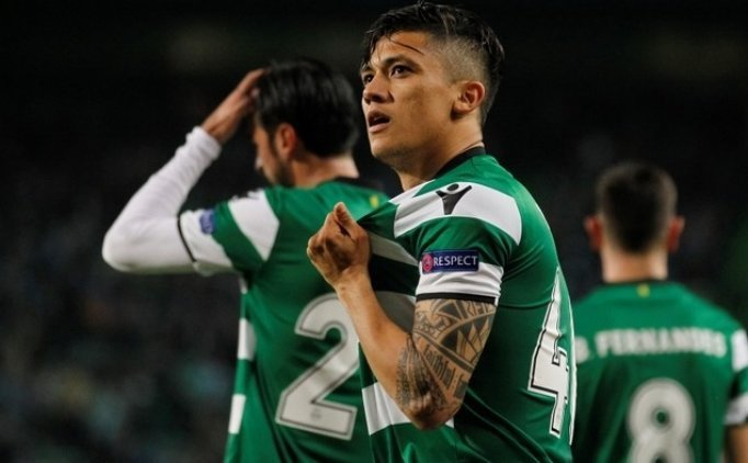 Sporting 4 dakikada Montero rüzgarıyla kazandı!
