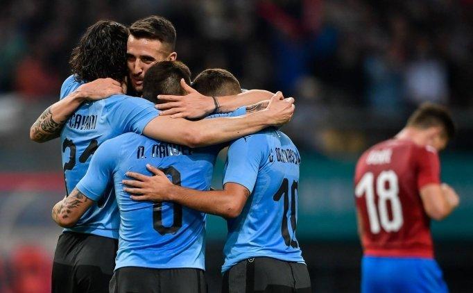 Uruguay 2 Çek Cumhuriyeti 0 Maç özeti VE Golleri 23 Mart