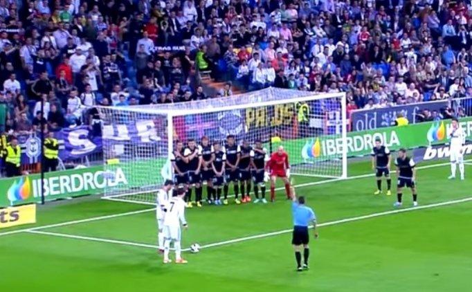 Cristiano Ronaldo'nun imzasını bıraktığı 10 frikik golü