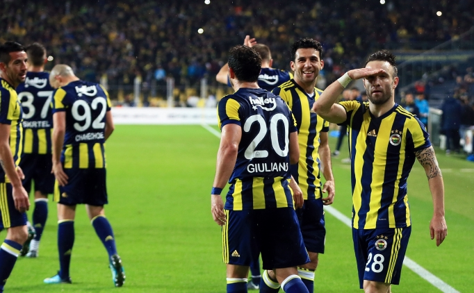 Fenerbahçeli futbolculardan Beşiktaş mesajı