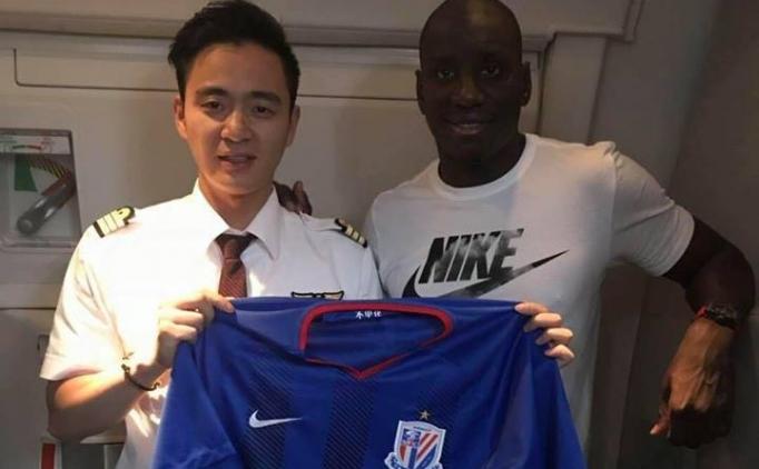 Demba Ba'nın yeni takımı yine Shanghai Shenhua!