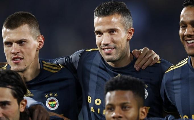 Feyenoord, Robin van Persie ile anlaştı!