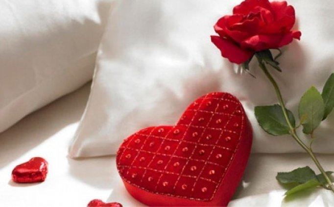 En özel Sevgililer Günü mesajları sosyal medya, 14 Şubat Sevgililer Günü şiirleri