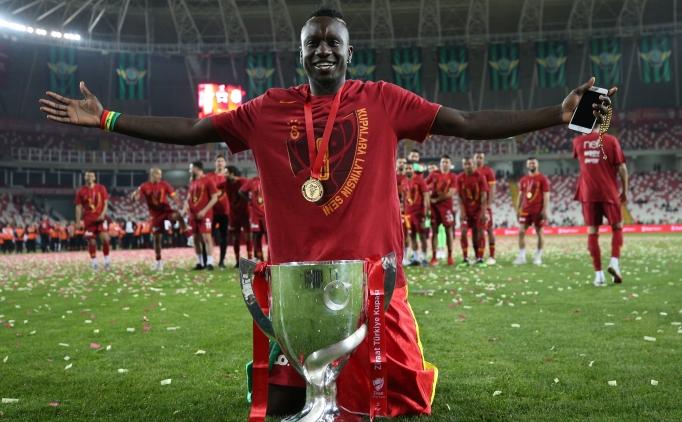 Mbaye Diagne'den olay hareket!
