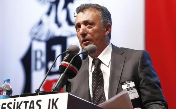 Ahmet Nur Çebi adaylığını koyuyor!