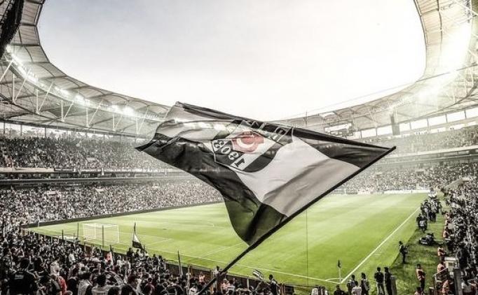 Beşiktaş'a taraftarından büyük destek