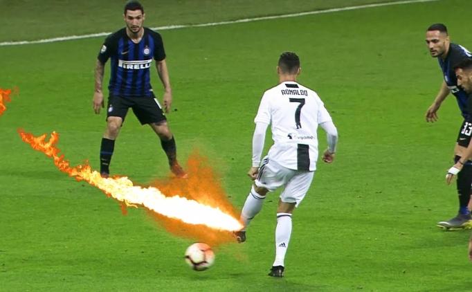 Cristiano Ronaldo'nun savunmacılarla oyuncak gibi oynadığı 5 dakika