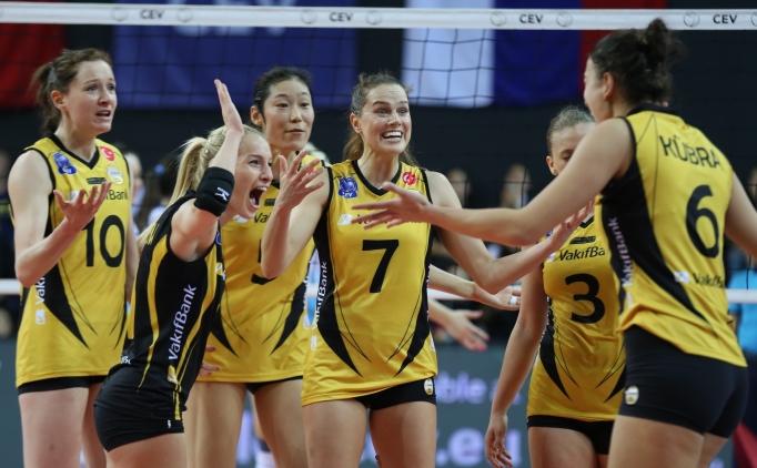 VakıfBank, Avrupa'da üst üste yedinci kez yarı finalde