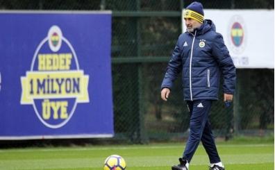 Aykut Kocaman futbolculara Galatasaray uyarısı yaptı