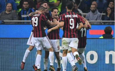 Milan AEK Atina maçı canlı yayın hangi kanalda saat kaçta?