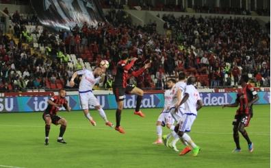 Gaziantepspor, Karabükspor karşısında avantaj kaçırdı!
