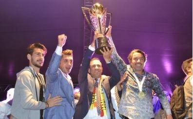 Yeni Malatyaspor Süper Lig'e çıktığı için kupa aldı