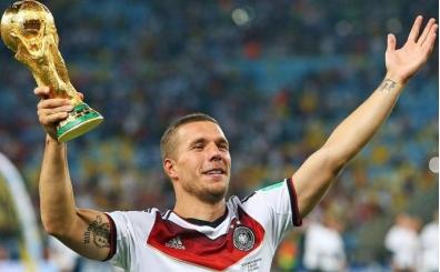 Lukas Podolski'yi sığınmacı haberinde kullandılar!