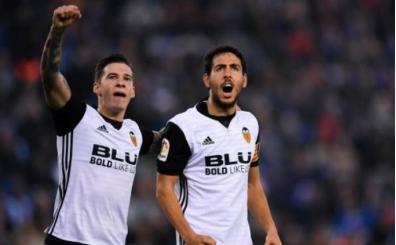 Valencia'nın durmaya niyeti yok; Barça'yı sıkıştırıyorlar