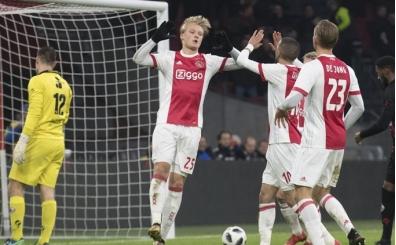 Ajax zirve takibini sürdürdü!