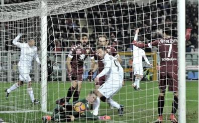 Milan, Torino'da geri döndü! 4 gol...