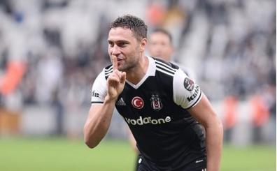 Beşiktaş'ta Cenk Tosun ve Tosic'in transferi için kararı anı
