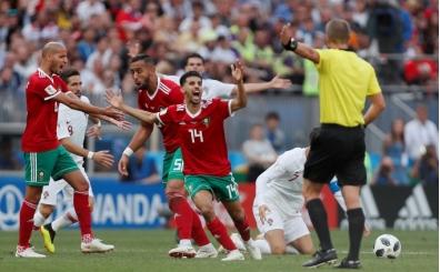 Amrabat'ın 'hakem, Ronaldo'nun formasını istedi' iddiasına cevap