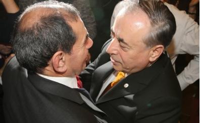 Beşiktaş'tan Mustafa Cengiz'e tebrik mesajı