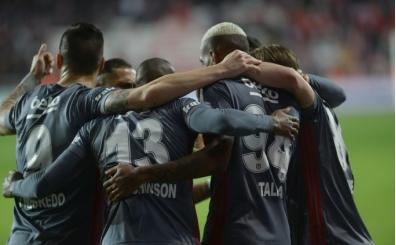 Beşiktaş, deplasman kabusunu Antalya'da bitirdi
