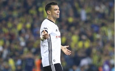 Ahmet Çakar'dan Pepe'nin kırmızı kartı için flaş yorum