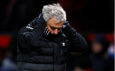 Mourinho tam 7 oyuncuyu sildi, 4 transfer istedi!