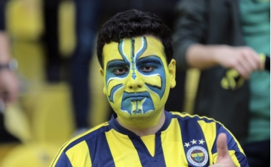 PFDK, Fenerbahçe - Galatasaray derbisinin faturasını kesti; 400 bin TL