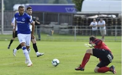 Cenk Tosun'dan Everton'da gol şov!