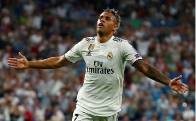 Ancelotti, Madrid'in iki yıldızına kancayı attı!
