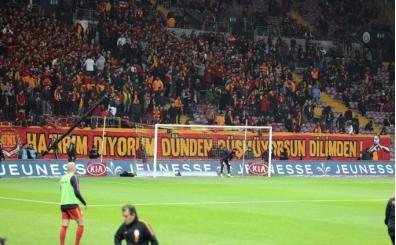 Bafe Gomis'e Galatasaray taraftarından sürpriz