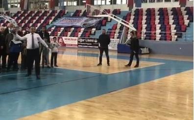 Bakan Bak'tan işitme engelli atletlere tebrik