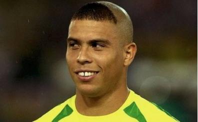 Ronaldo, 2002'deki saç stilini neden yaptığını açıkladı!