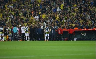 Fenerbahçe tribünlerinden derbi hazırlığı!