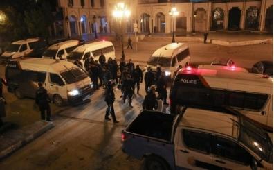 Tunus'ta faili meçhul ölümün ardından 1000 kişilik protesto!