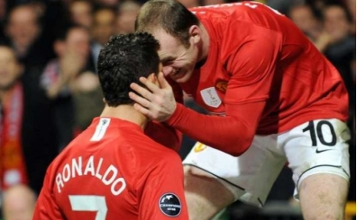 Rooney, Ronaldo'yu değil Messi'yi tercih etti!