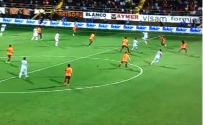 Alanya - Galatasaray maçında kritik pozisyon! Ofsayt mı?