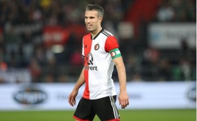 Robin van Persie atıyor, Feyenoord kazanıyor!