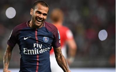 Dani Alves, PSG ile nikah tazeliyor!