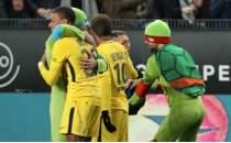 Ninja Kaplumbağalar, PSG maçını bastı!
