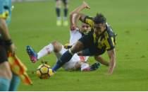 Fenerbahçe'de 3 isim sarı kart sınırında