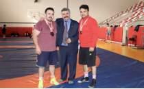 Üç kardeş Rusya'da şampiyonluk için mindere çıkacak