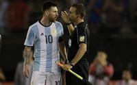 Messi'ye büyük şok! FIFA resmen açıkladı